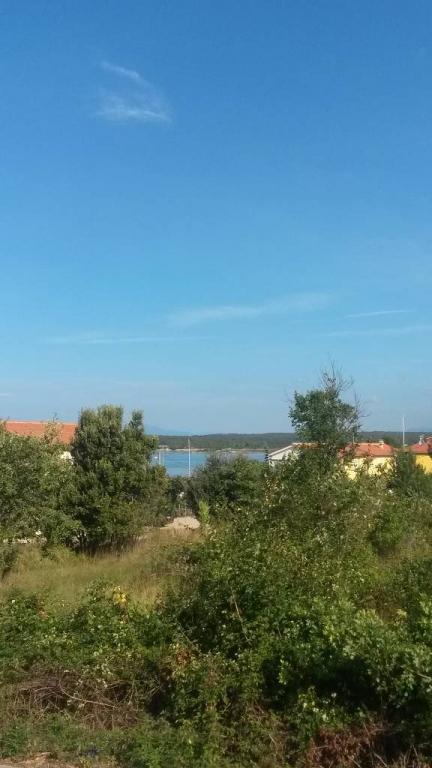 mieszkanie letniskowe Luxuriös Wohnung 200m weg von dem Strand und dem Ortzentrum mit eigenem Garten im grünen., Klimno, Insel Krk Kvarner Bucht Inseln Chorwacja