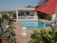 dom letniskowy Los Claros Bungalow mit Meeresblick und Poolbenutzung, Iznate/Velez-Malaga, Costa del Sol Andalusien Hiszpania