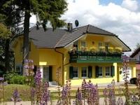 venkovské stavení Landhaus, Nichtraucherferienwohnung, Schmiedefeld am Rennsteig, Thüringer Wald Thüringen Německo