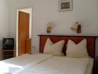 hotel in l beck l becker bucht. Black Bedroom Furniture Sets. Home Design Ideas