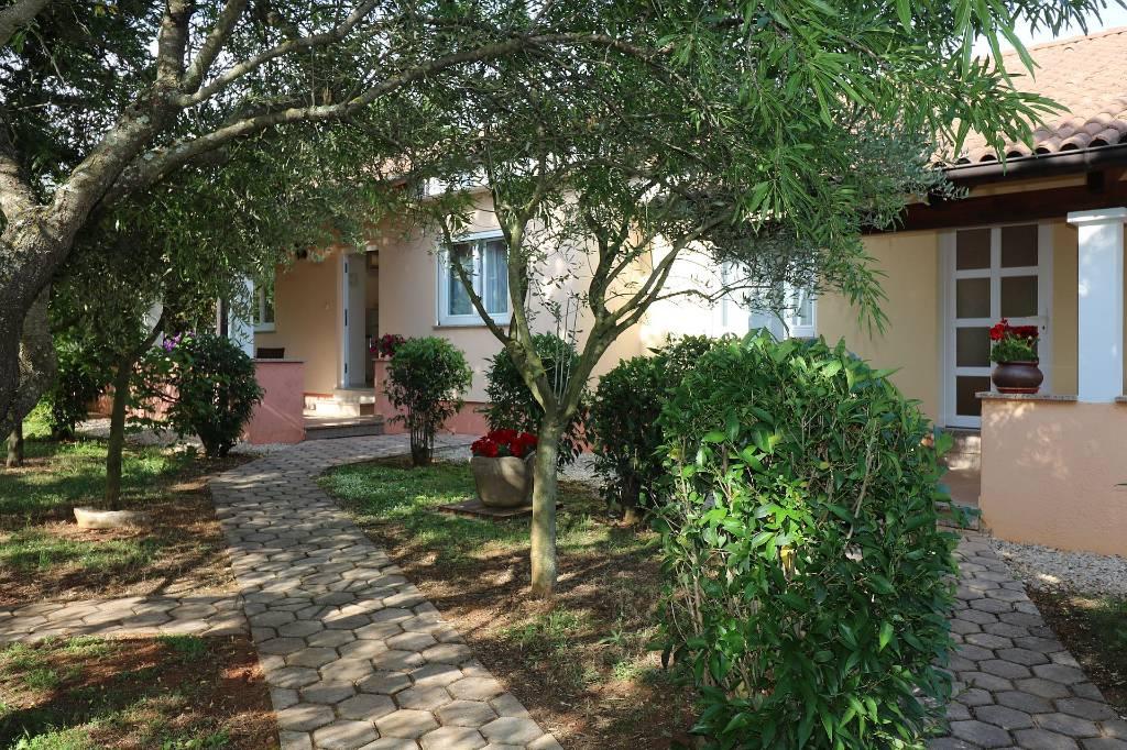 Casa di vacanze Residence Lorena   Porec  fur 2 - 4 Personen mit Salzwasser-Pool und Klimaanlage, Porec, Porec Istrien Nordküste Croazia