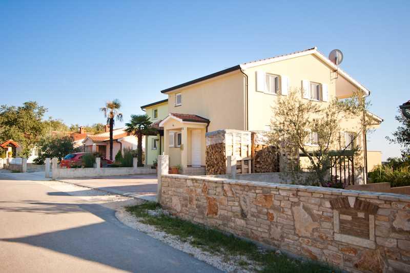 Недвижимость в хорватии у моря недорого вторичное