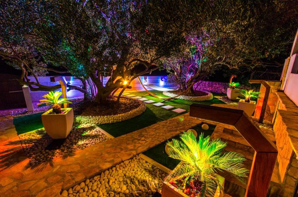 Maison de vacances Perle der Adria ist ein Ferienhaus auf der Insel Drvenik Mali innerhalb von nur 10 Metern vom Meer, Drvenik Mali, Insel Drvenik Veli Mitteldalmatien Kroatie