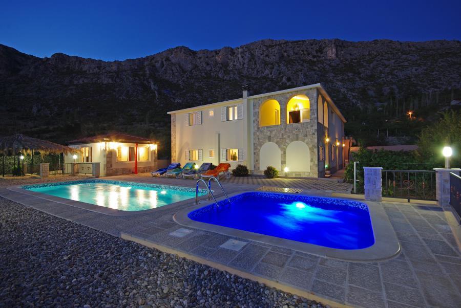 Villa Villa Antonija, mit beheiztem Schwimmbad mit Massage, Zavojane, Makarska Riviera Mitteldalmatien Kroatie