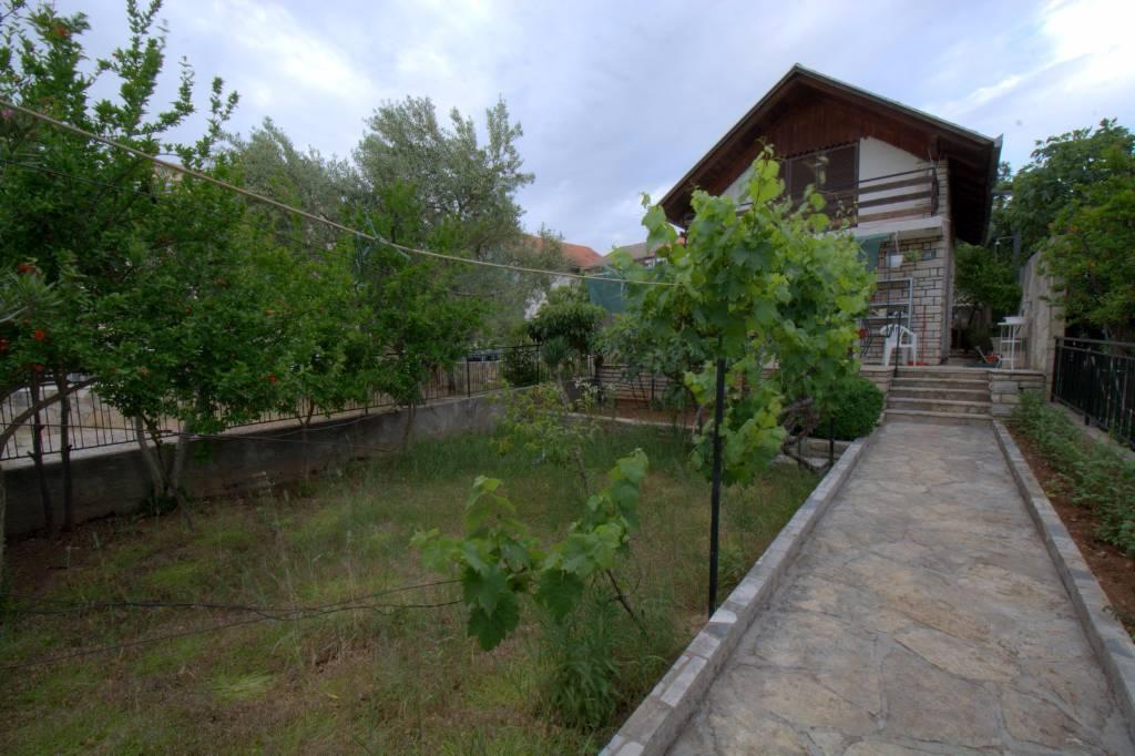 Atostogoms nuomojami namai SCHOENE HOUS 60M VON KUSTE,  BEST FUR FAMILIEN MIT KINDERN, Pirovac, Vodice Norddalmatien Kroatija