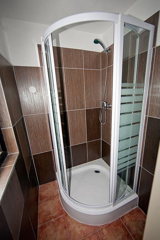 ferienhaus in frymburk lipno stausee mit fahrr der. Black Bedroom Furniture Sets. Home Design Ideas