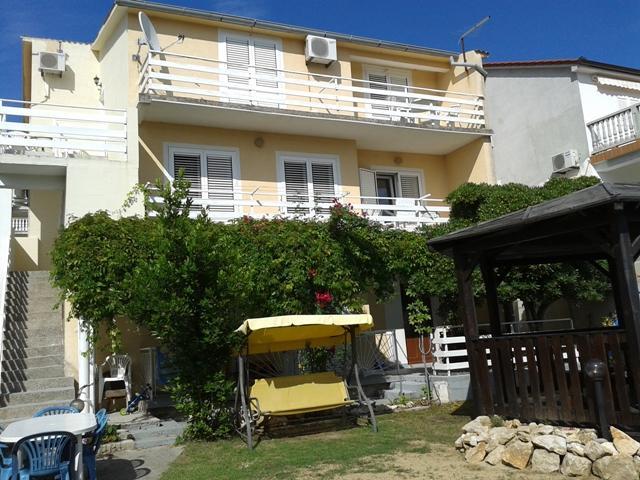 Gemutlich In Italiano : Ferienhaus Apartmani Petra in Kroatien Kvarner Bucht Inseln Insel Rab