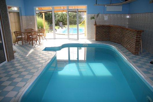 ferienhaus in hostice strakonice mit pool. Black Bedroom Furniture Sets. Home Design Ideas