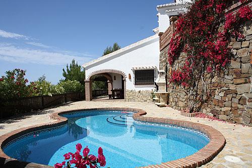 ferienhaus in competa costa del sol mit pool meerblick. Black Bedroom Furniture Sets. Home Design Ideas