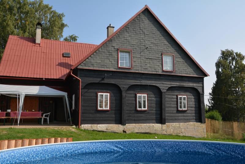 Atostogoms nuomojami namai Tri sovicky, Jetrichovice, Böhmische Schweiz Böhmische Schweiz Čekija