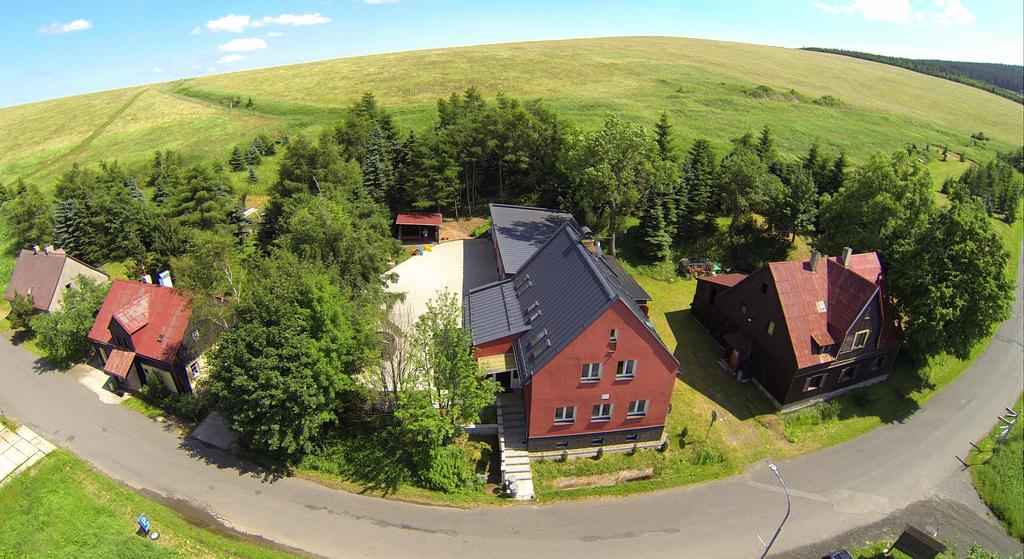 Maison de vacances mit Appartments für bis 26 Personen, Loucna pod Klinovcem, Erzgebirge Erzgebirge République tchèque