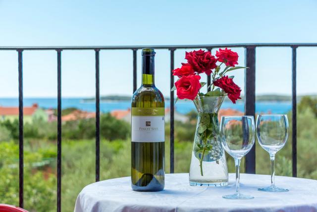 Appartamento di vacanze N.24 ( 4+1 ) schönem Meerblick, Fazana, Fazana Istrien Südküste Croazia