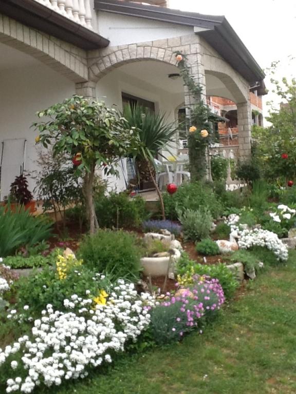 Atostogoms nuomojami butai Ferienwohnung 4 ( 2+2 ), Porec- Finida, Porec Istrien Nordküste Kroatija