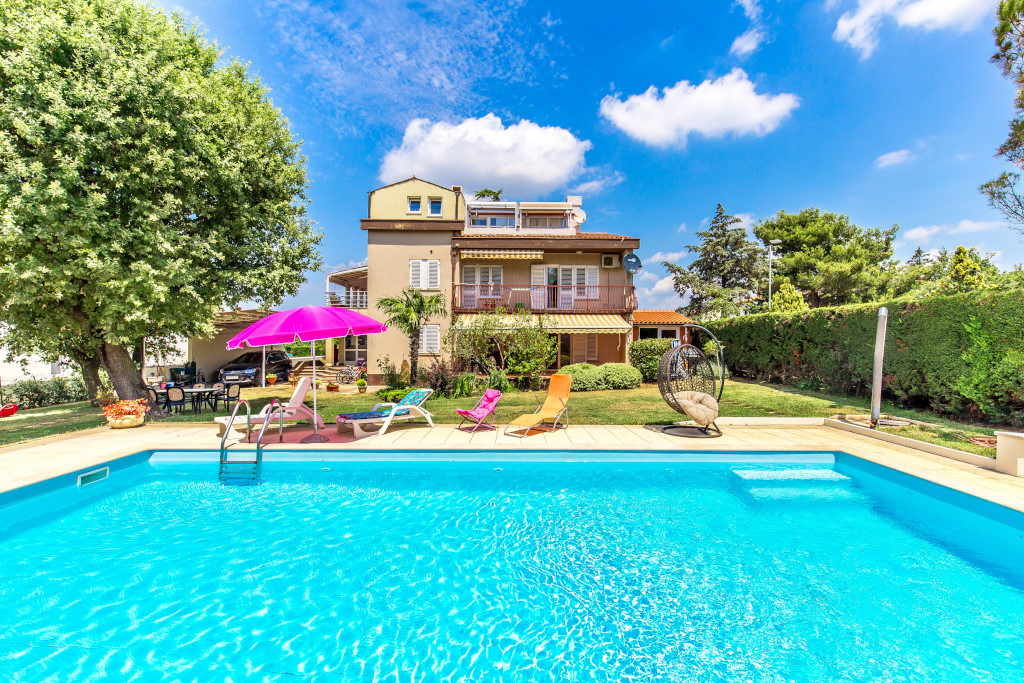 "Appartamento di vacanze Schönes familienhaus ""Silva"". 350 m vom Zentrum von Peroj, 2 km vom Zentrum von Fažana, so, Peroj, Fazana Istrien Südküste Croazia"