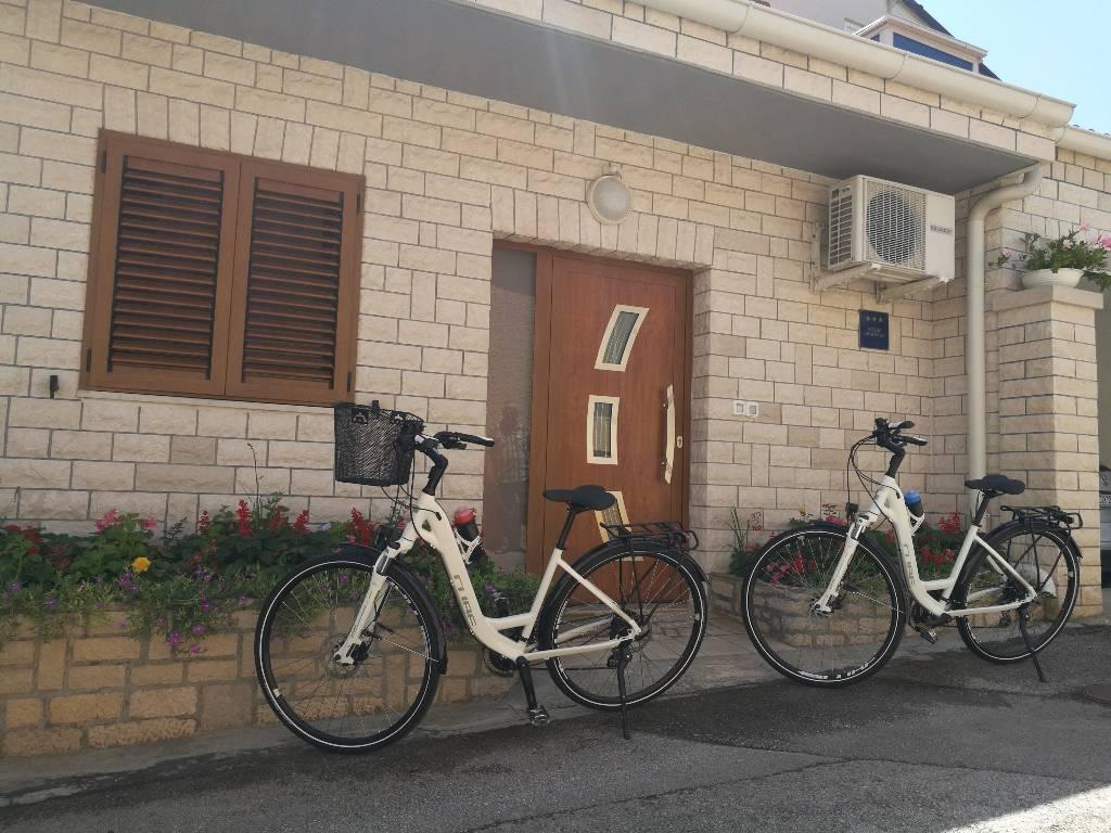 Appartement en location Unser Appartement ist ein selbstständiges Häus mit 2 Klimaanlagen,WiFi und Parkplatz (alles gratis), Pula, Pula Istrien Südküste Kroatie