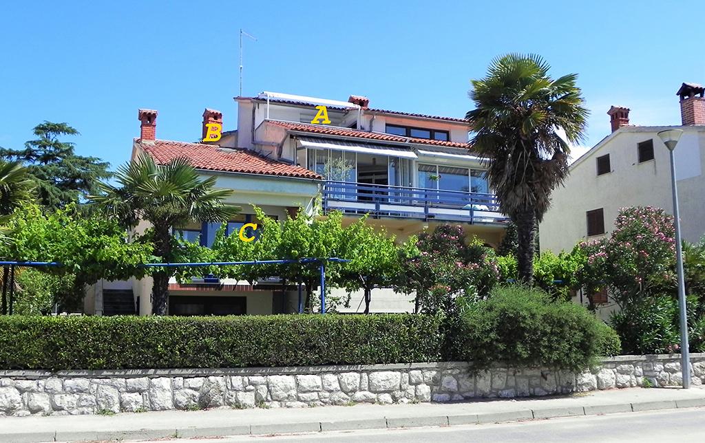Appartement en location APP B-Batana,Studio, am Strand mit Balkon und Panoramablick auf das Meer/ Stadt WiFi, SAT TV,Safe., Rovinj, Rovinj Istrien Südküste Kroatie