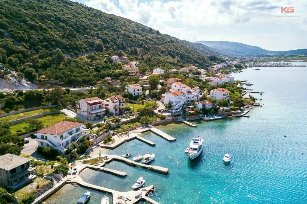 Atostogoms nuomojami butai direkt am Meer, eigener Bootsteg, Autogarage,ganzjährig geöffnet, Internet,, Supetarska Draga, Insel Rab Kvarner Bucht Inseln Kroatija
