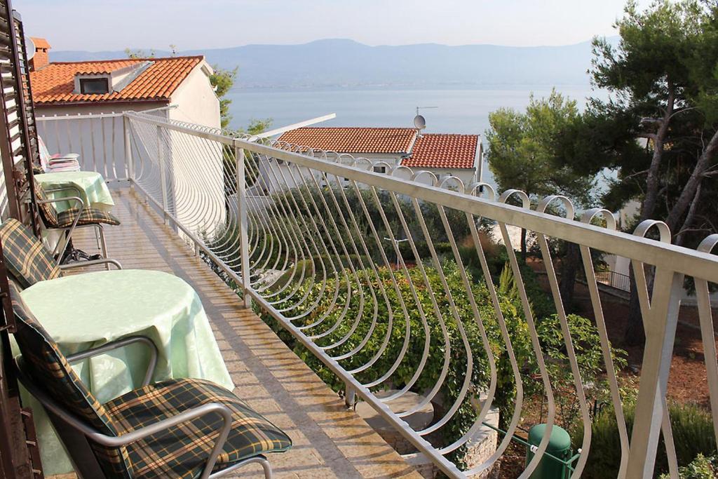 Appartement en location 4 Schlafzimmer - 50m vom Meer entfernt - 120m2 Wohnfläche - 2 Klimaanlagen - gratis WiFi, Trogir, Insel Ciovo Mitteldalmatien Kroatie
