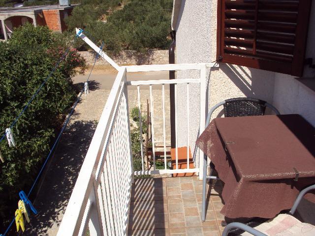 Atostogoms nuomojami butai A4 - Studio-Apartments  (2 + 1), 35m2 + Balkon 4m2, Jezera, Insel Murter Mitteldalmatien Kroatija