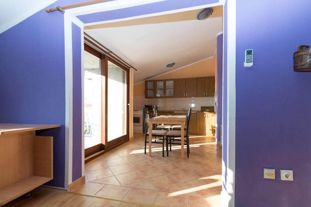 Appartement en location Ferienwohnung , modernes, schones, komfort, 7 km zum Flughafen, 2 km zum Marina Kastela, Kambelovac, Kastela Mitteldalmatien Kroatie