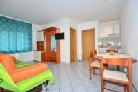 Appartamento di vacanze Tages Aufenthalt auf Terasse moglich,mitt Blick aufs Meer, Makarska, Makarska Riviera Mitteldalmatien Croazia