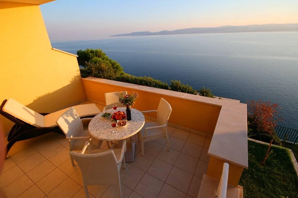 Apartmán Luxus- Ferienwohnung mit Privatstrand mit bestem Meeeblick, Marusici, Omis Mitteldalmatien Chorvatsko