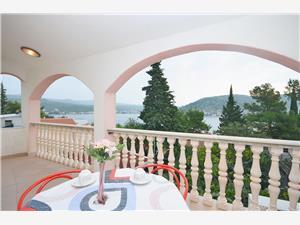 Apartmán Apartman se nalazi na katu (crveni), Rogoznica, Rogoznica Mitteldalmatien Chorvatsko