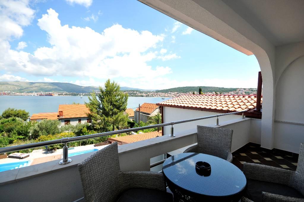 Appartement en location Grga - Apartment with balcony and sea view, Okrug Gornji, Trogir Mitteldalmatien Kroatie
