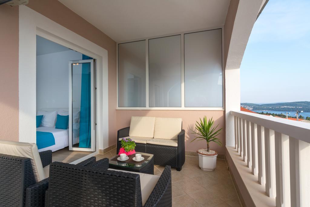 Appartement en location Modern eingerichtete Studio-Apartments mit Meerblick, gesicherten kostenlosen Parkplatz, Klimaanlage, Trogir, Trogir Mitteldalmatien Kroatie