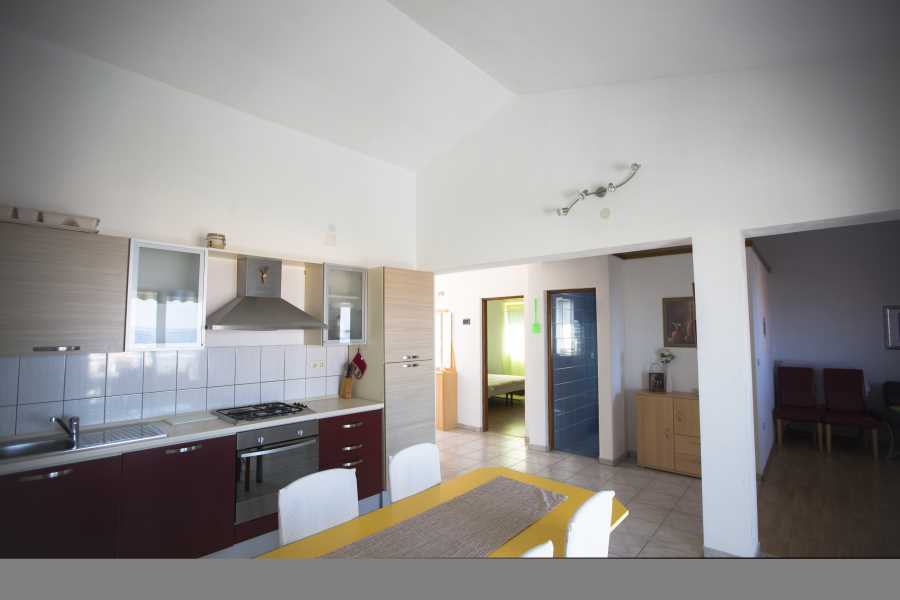 Ferienwohnung Modern 2 rooms apartment for families located in a quiet and safe street with beautiful view. in Pag, Mandre, Norddalmatien Insel Pag