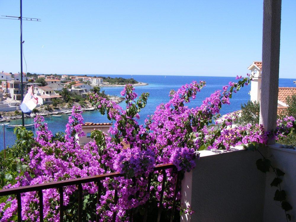 Apartmán  Komfortables, volles Stockwerk mit separatem Eingang. Schöner Panoramablick auf die gesamte Bucht, Kanica, Rogoznica Mitteldalmatien Chorvatsko