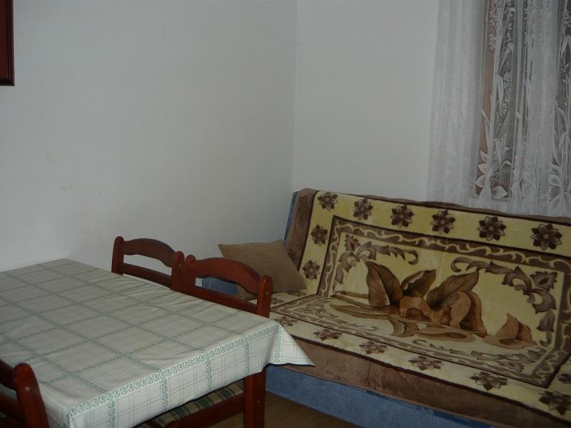 ferienwohnung in karin gornji zadar mit klimaanlage. Black Bedroom Furniture Sets. Home Design Ideas