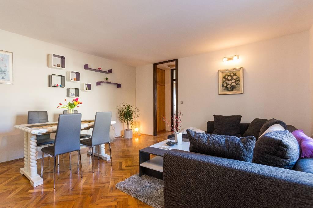 Appartement en location eine schone apartman mit eine schlafzimmer,kuchen,bad and wohnugzimmer, Dubrovnik, Dubrovnik Süddalmatien Kroatie