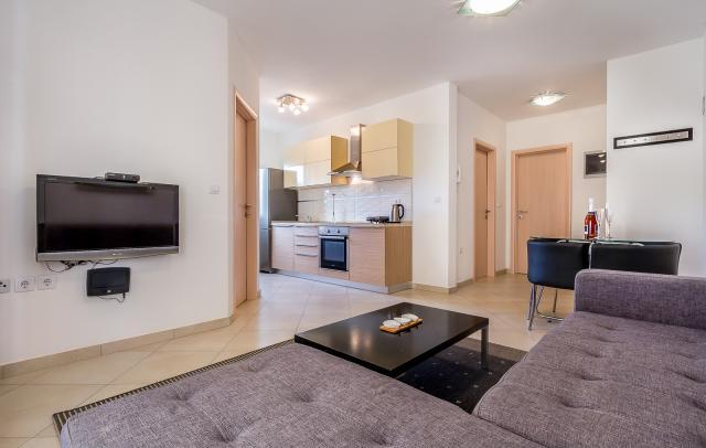 ferienwohnungen ferienh user in kroatien tschechien frankreich. Black Bedroom Furniture Sets. Home Design Ideas