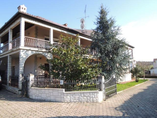 Atostogoms nuomojami butai Bequeme Ferienwohnung Mimosa fur 4 - 6 Personen mit 2 Badezimmer mit Pool, Porec, Porec Istrien Nordküste Kroatija