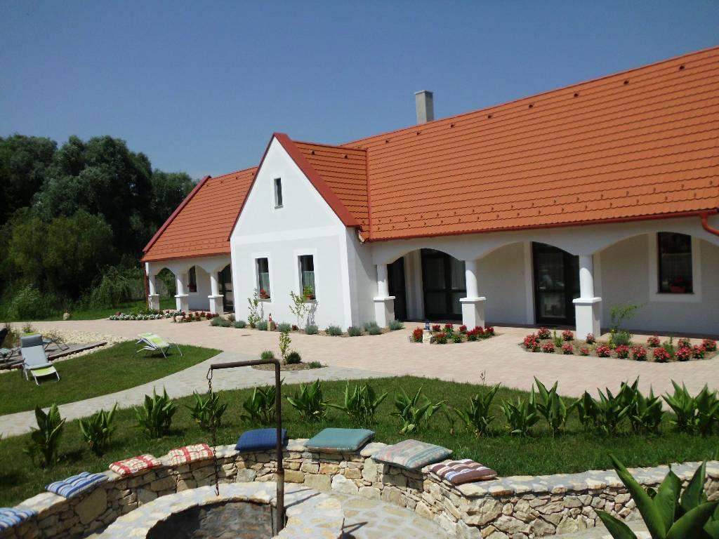 Casa di vacanze Arda Malom Vendégház, Nagytevel, Apartman I.+ Es gibt Ins. 4 Apartments! Gruppenrabatt!, Nagytevel, Pápa Mitteltransdanubien Ungheria