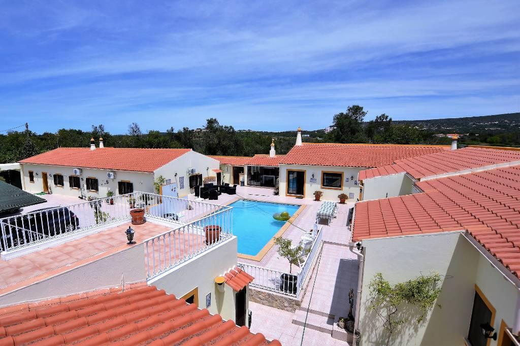 Chambre d`hôte Ruhig und zentral gelegene Bed & Breakfast in der Algarve mit 6 moderne und komfortable Zimmer !, Sao Bartolomeu de Messines, Albufeira Algarve Portugal