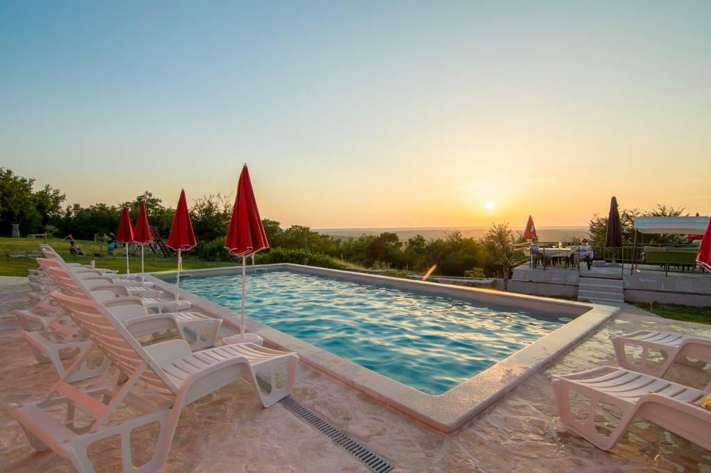 Chambre d`hôte Bed & Breakfast mit Pool, Garten, Kinderspielplatz, Grillterasse,Fruhstuck, Labin, Labin Istrien Südküste Kroatie