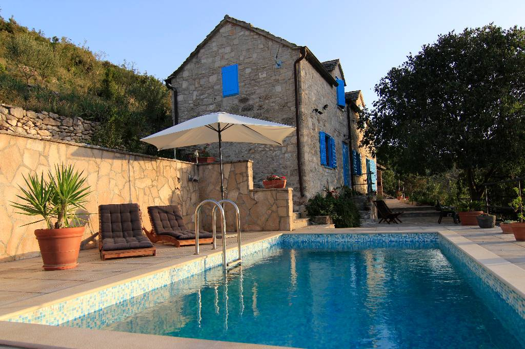 willa Villa Dol - 200 year old Mediterranean Stone House with Private Pool and Magnificent View Of The Sea, Dol, Insel Brac Mitteldalmatien Chorwacja