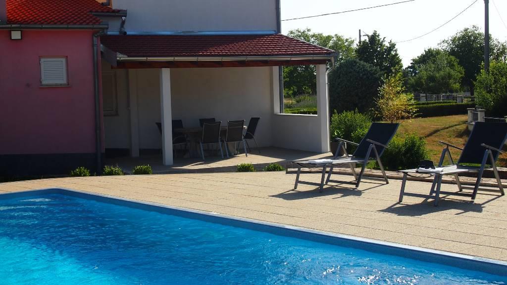 Villa Sanprana Ein einzigartiges Ferienhaus mit einer privat Kapelle, Studenci, Makarska Riviera Mitteldalmatien Kroatie