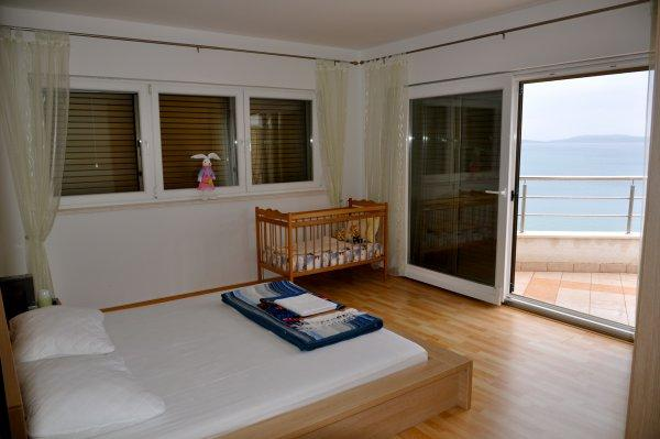 Blue Bedroom with sea view