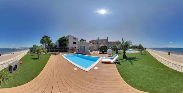 Villa in vir insel vir mit boot pool bootsliegeplatz for Kroatien villa mit pool