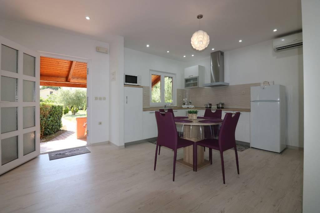 salzwasser pool design ferienhaus holiday home in porec porec air conditioning