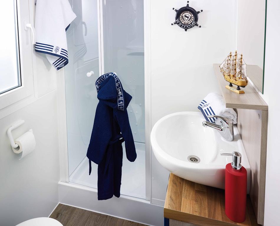 ferienwohnung in jezera insel murter mit bootsliegeplatz. Black Bedroom Furniture Sets. Home Design Ideas