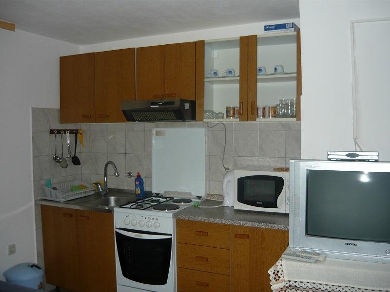Ferienwohnung 30 Qm Schlafzimmer Wohnzimmer Mit Kochnische Und Zwei Betten Bad Terrasse