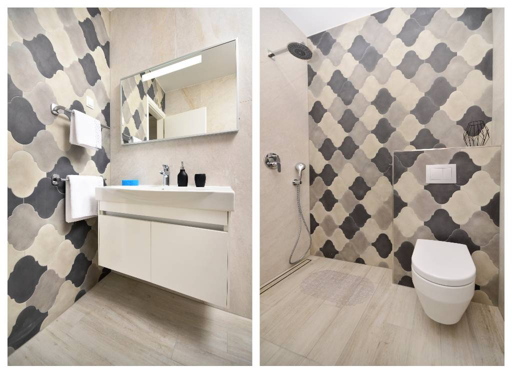 Villa Nina Makarska , ensuite bathroom with bedroom 1